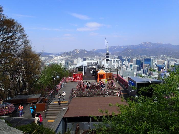 Дорогами корейской сакуры. Сеул, апрель 2015.