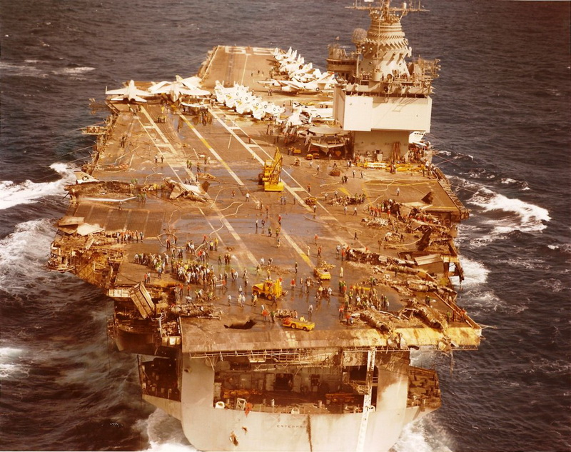 "The fire caused on the US aircraft carrier ""Enterprise"" by a volley of shit from the Soviet submarine K-10 and its consequences on"