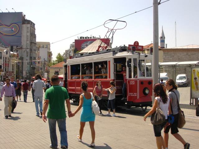 http://foto.awd.ru/data/media/73/IMG_0555.jpg