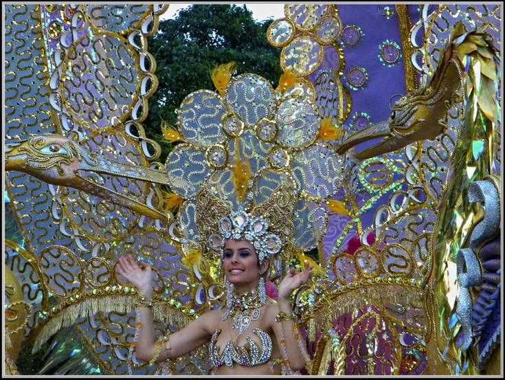 "Карнавал Тенерифе 2012г. ""FLOWER POWER, незабываемые 60-е годы"""